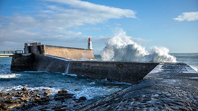 Phare de la grande jetée - Thomas Pajot / Adobe Stock